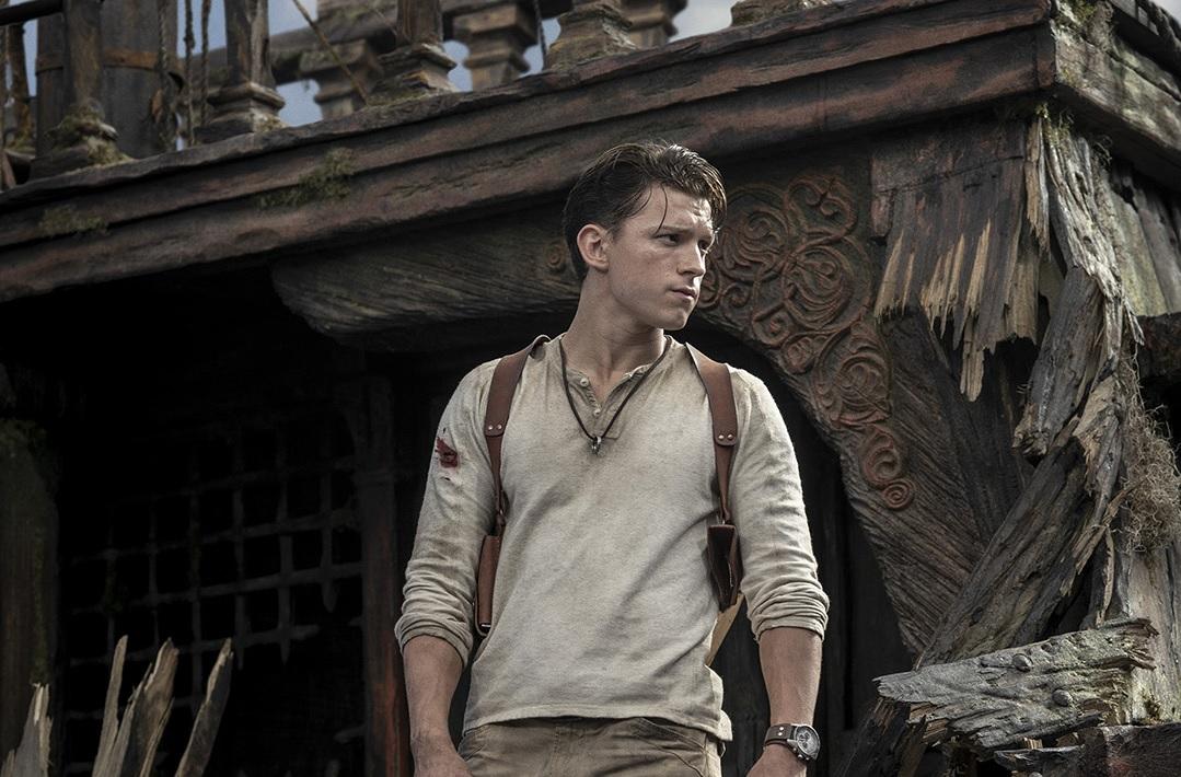 Conheça o visual de Nathan Drake no live-action de Uncharted que será estrelado por Tom Holland. O filme tem estreia prevista para 2021.